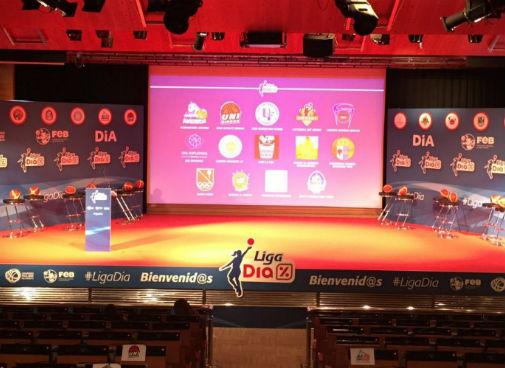 Presentacion Liga Dia - Moqueta Photocall y Corporeo